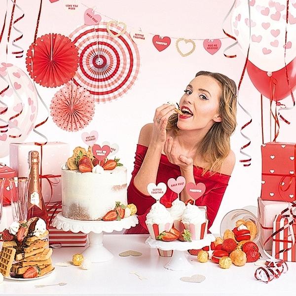 PARTY SADA Sweet Love 32 ks