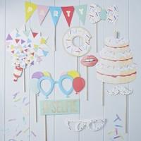 b689a7b45 REKVIZITY DO FOTOKÚTIKU Farebné narodeniny 10ks